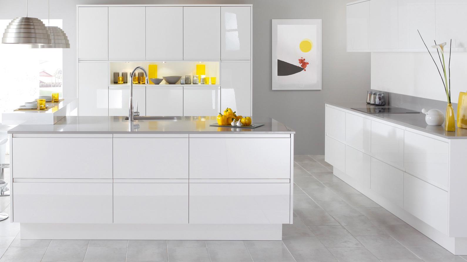 muebles de cocina blancos en tarragona